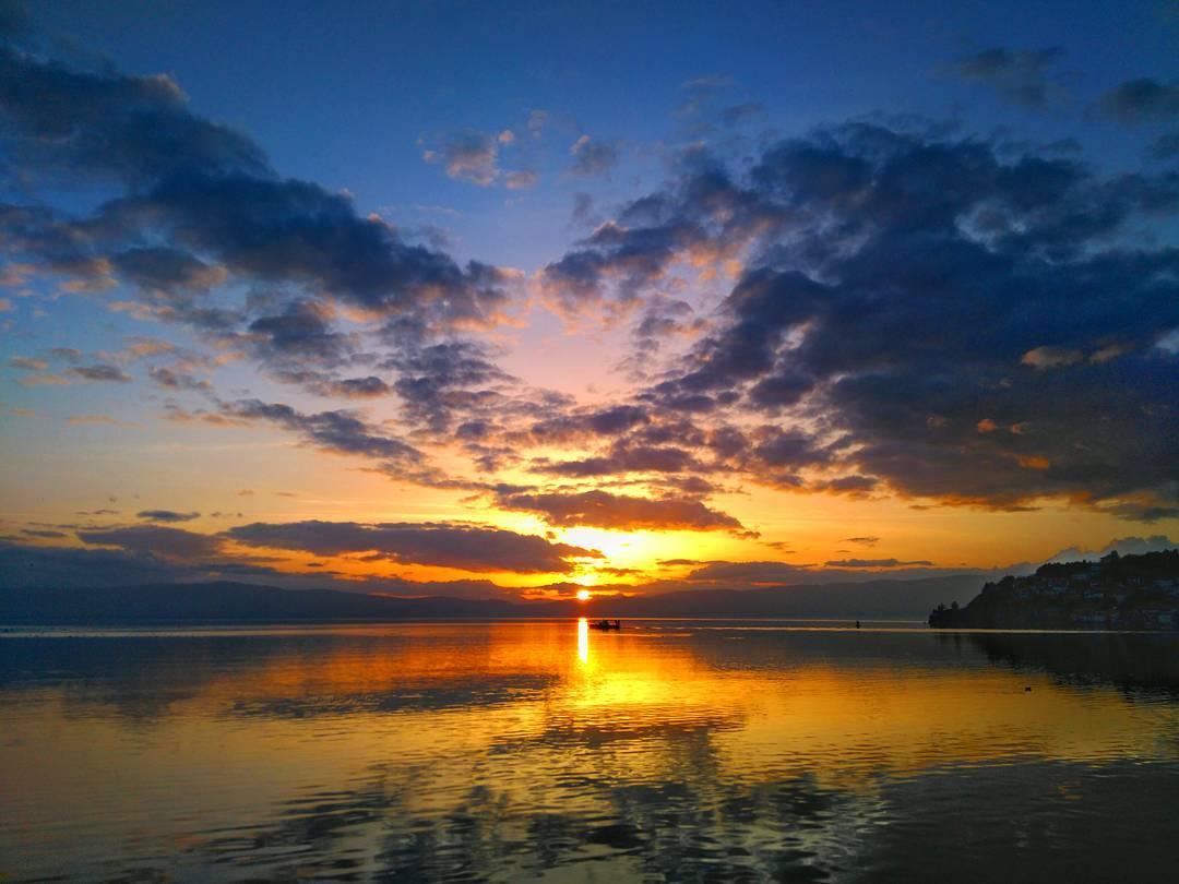 Денешното зајдисонце 🌇 #sunset #lakeohrid #landscapes